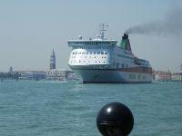 Venedig, Schiff läuft aus