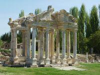 Aphrodisias, Tempel